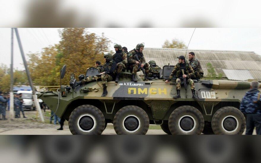 Per kovotojų įvykdytą Čečėnijos parlamento pastato užpuolimą žuvo trys žmonės