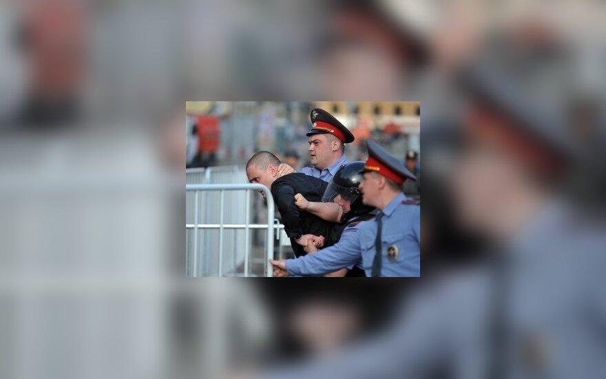 Сергея Удальцова увезли из ОВД в больницу