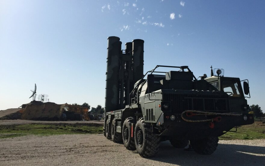 Берлин критикует ракетную сделку Анкары с Москвой