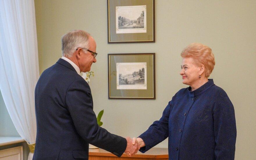 Prezidentė paskyrė A. Monkevičių švietimo ministru