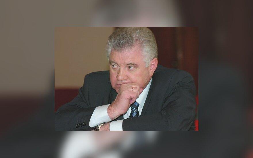 Задержанного мэра Астрахани доставили в Москву