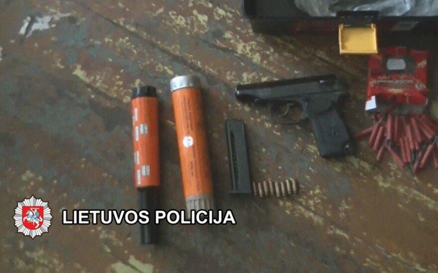 """К устроившему взрыв в подъезде дома мужчине наведались саперы """"Араса"""""""