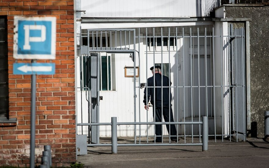 Конфликт между заключенными в Правенишкес: двое мужчин доставлены в больницу
