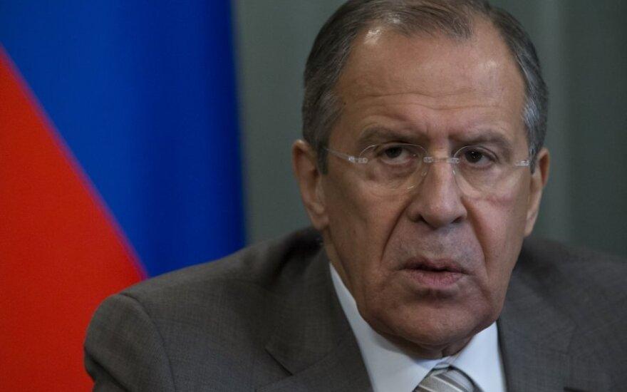 Ławrow nie radzi nikomu nawet myśleć o ataku na Krym