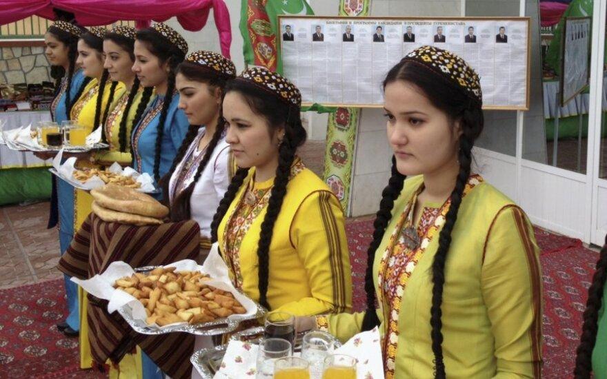 Turkmėnistano autoritarinis lyderis Gurbanguly Berdymuchamedovas  perrinktas 97,14 proc. balsų