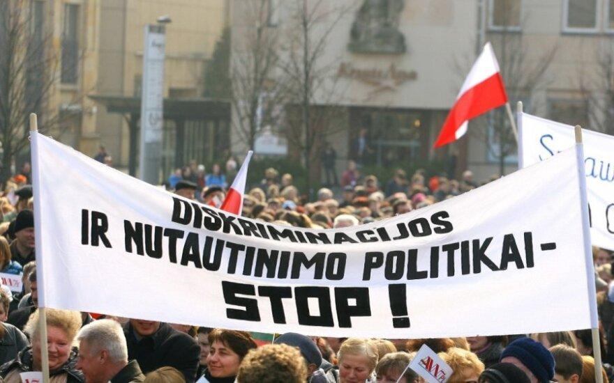 Protest przeciwko represjom finansowym w stosunku do mniejszości narodowych