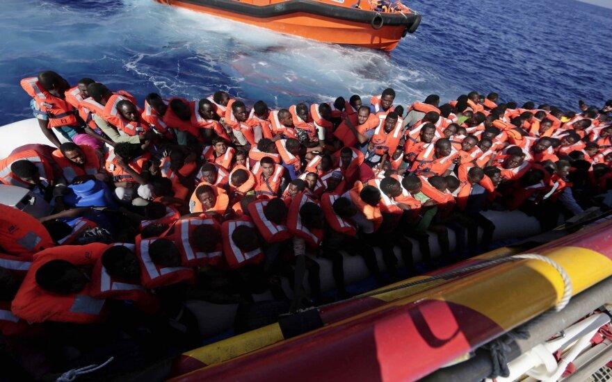Евросоюз и страны Африки эвакуируют из Ливии 3800 беженцев