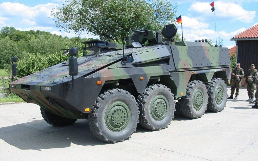 """Po haubicach """"Pzh2000"""" Niemcy sprzedadzą Litwie wozy opancerzone """"Boxer"""""""