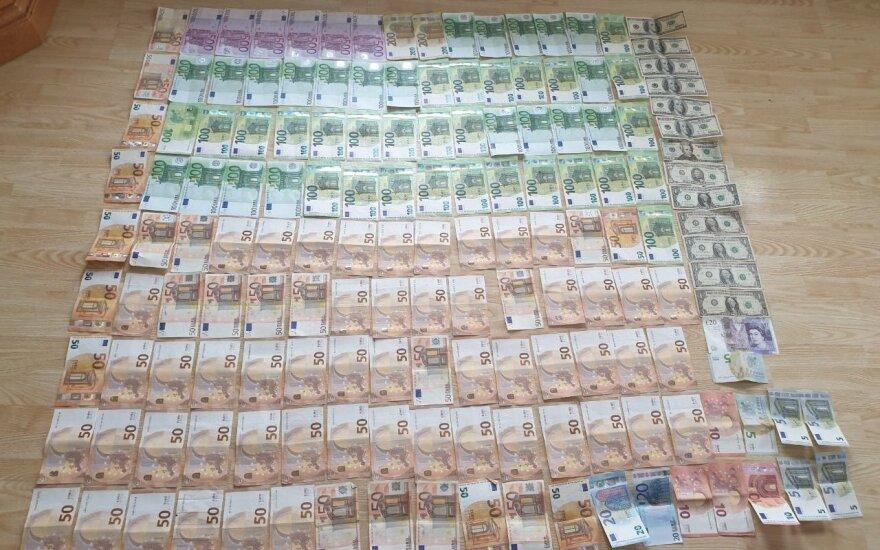 Скандал в Каунасе: начальник отдела по расследованию экономических преступлений покрывал преступников