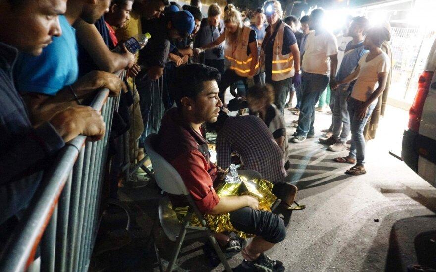 Опрос: большинство европейцев опасаются терактов из-за наплыва беженцев