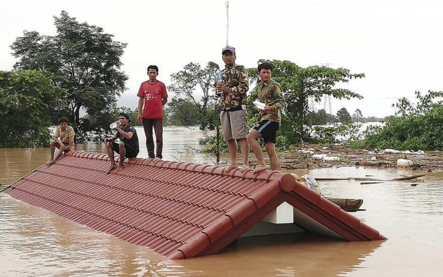 В Лаосе обрушилась дамба строящейся ГЭС: водой смыло более тысячи домов, сотни пропавших без вести