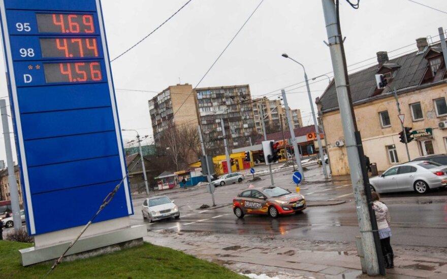 За три дня цены на дизельное топливо выросли на 10 центов