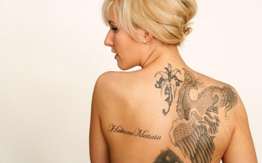 Co trzeci Polak chciałby mieć tatuaż