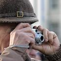 Vyras fotografuoja