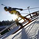 Slidininkas, slidės, žiema, saulė, šaltis, sportas