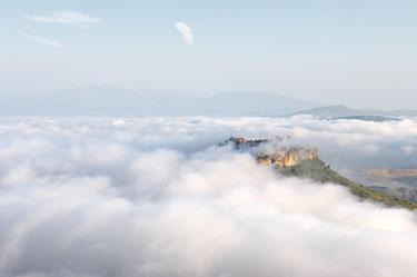 Miestelis Calascibetta centrinėje Sicilijoje