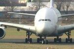 """Paryžiaus muziejuje – didžiausias pasaulyje keleivinis lėktuvas """"Airbus A380"""""""