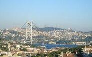 Tiltas iš Europos į Aziją. Stambulas, Turkija