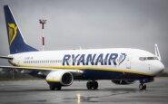 """""""Ryanair"""" keleiviai priversti rankinį bagažą atiduoti į lėktuvo registruoto bagažo skyrių"""