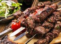 3 nesudėtingi mėsos ant grilio receptai: tiks net išrankiausiam skoniui