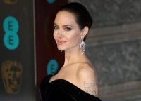 6 vaikų auklėjimo taisyklės, kuriomis vadovaujasi garsioji Angelina Jolie