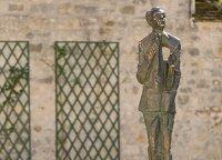 Statue of poet-diplomat Oscar Milosz unveiled near Paris