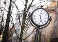 EP nusprendė: laikrodžių sukioti nebereikės