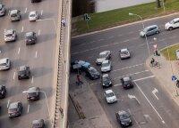 Automokestis: kiek Lietuvoje važinėja taršių automobilių