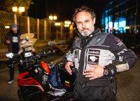 Karolis Mieliauskas misiją įvykdė: motociklu pasaulį apvažiavo per 40 dienų