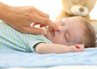 Svajones apie nepertraukiamą miegą teks atidėti: pasakė, kiek valandų neprabudę gali išmiegoti dauguma pusės metų vaikų