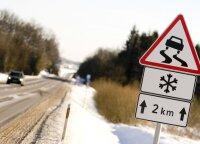 Kauno ir Trakų rajonuose eismo sąlygas sunkina vietomis susiformavęs plikledis