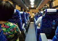 10 patarimų, kaip išgyventi kelionę autobusu