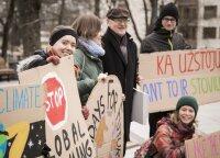 Jaunimas ruošiasi demonstracijai: protestuos prieš abejingumą klimato kaitai