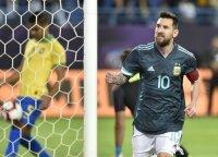 Messi įvartis lėmė Argentinos pergalę prieš brazilus