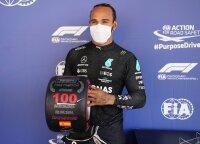 """Jubiliejinė Hamiltono pergalė """"F-1"""" kvalifikacijos lenktynėse"""