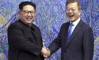 Susitiko Kim Jong Unas ir Moon Jae-Inas