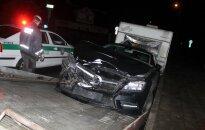 Automobilių savininkai nustebo radę sudaužytas transporto priemones
