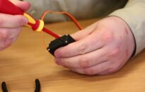 """""""Mokslo žirniai"""": servo variklio pritaikymas roboto važiuoklei"""