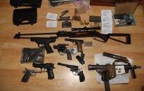 Tyrimas nuo 200 šovinių nuvedė į pogrindinį ginklų sandėlį