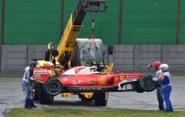 """Į sieną trenkęsis K. Raikkonenas kaltina """"Pirelli"""""""