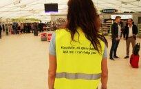 A volunteer at the Kaunas Airport