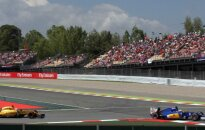 """""""Formulė-1"""": teisėjai nubaudė K. Magnusseną ir įspėjo C. Sainzą"""