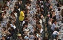 Studentų miestelio gatvė alaus festivalyje virto smėlėtu paplūdimiu su palmėmis