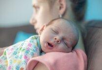Kodėl gimę kai kurie naujagimiai pageltonuoja?