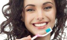 Laimėk dantų priežiūros rinkinius visiems metams!