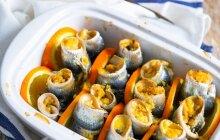 Sicilietiški silkių ritinukai apelsinų sultyse