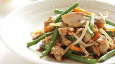 Šparaginės pupelės: kaip jas skaniausiai paruošti salotoms?