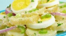 Bulvių mišrainė su kiaušiniais