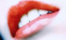 Protiniai dantys: rauti ar palikti?