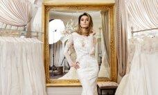 A. Valentaitė vėl apsivilko vestuvinę suknelę